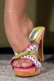Resultado de imagen de nylon feet wooden mule #hothighheelsstockings