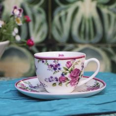 Vintage Rose Tea Cup and Saucer Rose Tea, Vintage Roses, Cup And Saucer, Orchids, Tea Cups, Chic, Tableware, Kitchens, Shabby Chic