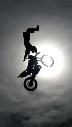 Epic Motorcross Stuntrider #Motocross #moto #sport #sky #ciel #speed #speedway #cross