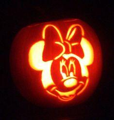 Disney's Minnie Mouse Jack-o-Lantern/Pumpkin Carving Ideas for Halloween. Halloween Pumpkin Carving Stencils, Amazing Pumpkin Carving, Pumpkin Carving Templates, Halloween Pumpkins, Pumpkin Painting, Spooky Halloween, Halloween Crafts, Disney Pumpkin Carving Patterns, Happy Halloween