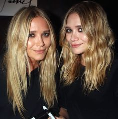 Get Mary-Kate and Ashley Olsen's simple makeup and soft waves look. #style #fashion #beauty #olsentwins