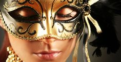 http://www.partydelights.co.uk/themes/masks.aspx?pmo=faaccessories