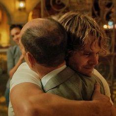 Deeks hugging Granger- one of my favorite moments ever!!!