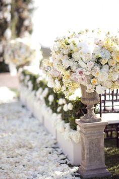 gorgeous flowers. ZsaZsa Bellagio
