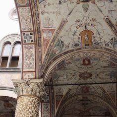 "PETRA MARK | petramark.com on Instagram: ""Spomienky na Taliansko🤍 Florencia #iloveitaly"" Petra, Interior Inspiration, Barcelona Cathedral, Italy, Stone, Accessories, Instagram, Florence, Italia"