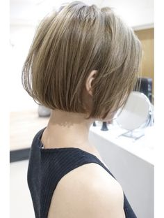 ディシェル(DISHEL) 似合わせカット前下がり大人ボブイルミナカラーヘルシーレイヤー Short Bob Hairstyles, Cute Hairstyles, Asian Bob, Chin Length Bob, Hair Inspo, Hair Looks, My Hair, Short Hair Styles, Hair Makeup