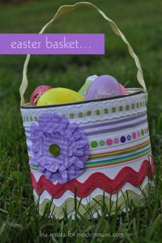 Learn how to make this DIY Easter Basket for the kids! #crafts #kids #Easter