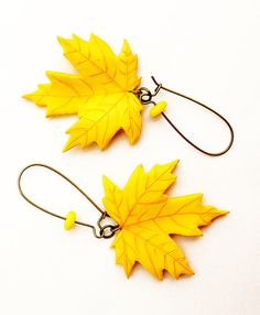 Maple Leaves Earrings  fashion jewelry  fall by Nechegonadet