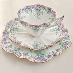 Wileman teacup trio, lilac & green Daisies #9057 Snowdrop shape, 1897