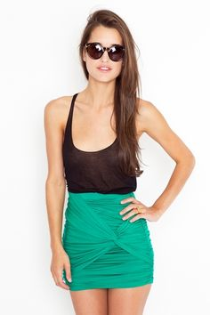 Thin black tank & kellyngreen Ruched Knot Skirt