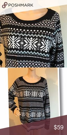 Authentic Tommy Hilfiger sweater Glitter sweater, 81% cotton 17% wool 2% other fibers Tommy Hilfiger Sweaters Crew & Scoop Necks