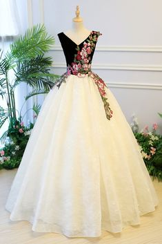 Prom Dress Princess, Ivory lace V neck embroidery long formal prom dress, ivory customize evening dress Shop ball gown prom dresses and gowns and become a princess on prom night. prom ball gowns in every size, from juniors to plus size. Ivory Prom Dresses, Pageant Dresses For Teens, Elegant Bridesmaid Dresses, Homecoming Dresses, Evening Dresses, Tulle Ball Gown, Ball Gowns Prom, Pretty Dresses, Beautiful Dresses