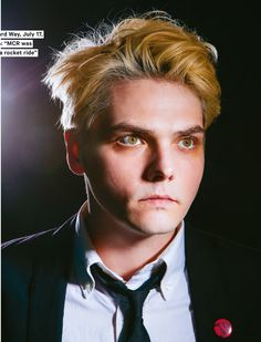 Gerard Way NME magazine August 2014<<< HIS EYES AND HAIR COLOR MATCH BYE I'VE HAD A GOOD LIFE>>>I LOVE THIS HUS EYES AND HAIR OH MY GOD