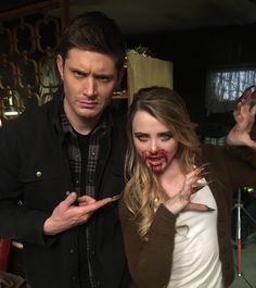 12x16 Ladies Drink Free  Jensen and Kathryn on set Pic credit Kathryn on Twitter