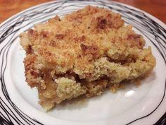 Apple crumble…μια μηλόπιτα πεντανόστιμη με ψιχουλιαστή ζύμη! Υλικά: 5 μήλα κόκκινα 200γρ αλέυρι για όλες τις χρήσεις 250γρ ζάχαρη 120γρ βούτυρο παγωμένο 1/2 κ.γ κανέλα 1/4 κ.γ γαρύφαλλο Εκτέλεση: Καθαρίζουμε τα μήλα και τα κόβουμε σε κύβους(κάθε φέτα σε 4 κομμάτια) Τα βάζουμε σε μια κατσαρόλα,πασπαλίζουμε με λίγη ζάχαρη και κανέλα και τα αφήνουμε σε …