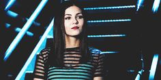 Victoria Justice, As Lindy Sampson in MTV's Eye Candy gif