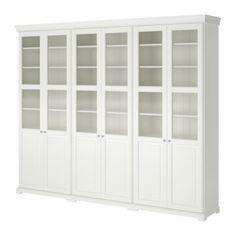 LIATORP Säilytyskokonaisuus+ovet IKEA Koriste- ja sokkelilistan avulla saadaan yhtenäinen ilme, kun yhdistetään toisiinsa kaksi tai useampia hyllyjä.