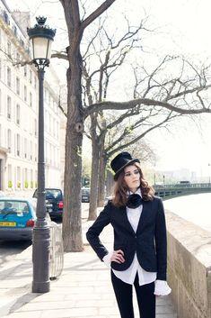 Parisian Rock 'N Roll Dandy portrait shoot on the Ile-St-Louis photos by Carla Coulson