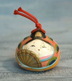 ● Vintage ceramic bell (This lovely little bell is less than 40 years old and was acquired in the historic city of Shizuoka, Japan near the foot of Mt. Fuji.) ●