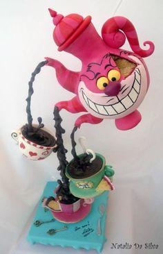Le Gravity Cake Alice aux pays des Merveilles