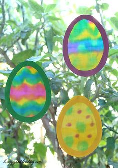 Painted Fabric Easter Egg Suncatcher (Unique Easter craft for kids!) ~ BuggyandBuddy.com