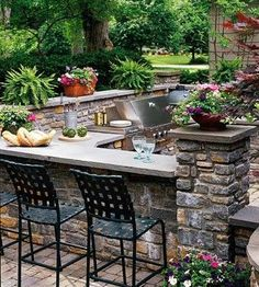 Outfit Your Outdoor Kitchen