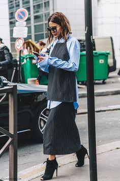 Layering at itsbest: Sehr coole Kombo aus klassischer man-blouse und gestreiften Zweiteiler darüber. Dazu ein paar lässiger Ankleboots um dem Outfit den ultimativen lässigen Look zu geben | http://www.my-dailycouture.com/