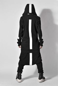 A Style Guide for a Dark Future. Cyberpunk Mode, Cyberpunk Fashion, Cyberpunk Clothes, Dark Fashion, Urban Fashion, White Fashion, Fashion Men, Psytrance Clothing, Dystopian Fashion