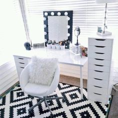 DIY vanity station                                                                                                                                                                                 More