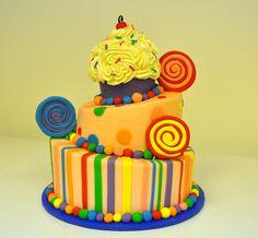 Cupcake Top Birthday Cake #birthdaycake