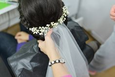 Bride hairstyle.