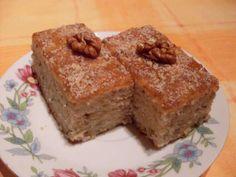 Jablkový - chia koláč - recept Banana Bread, Low Carb, Food, Anna, Fitness, Projects, Diets, Low Carb Recipes, Gymnastics