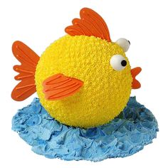 Under the Sea Cake - Having a pool party or seaside picnic? What could be more appropriate than this fish-shaped cake made using our Sports Ball pan. This colorful catch is one nobody will want to through back! Cupcakes, Cupcake Cakes, Fondant Cakes, Sully Cake, Sea Cakes, Zucchini Cake, Fish Shapes, Novelty Cakes, Cake Tins