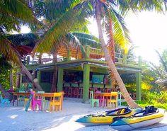 Beach bar Summer Fun ~ Have some fruiti drinks and fun at a colorful Summer beach bar! Beach Cafe, Seaside Cafe, Summer Beach, Summer Fun, Backyard Paradise, Beach Shack, Paradise Island, Great Places, Jamaica House
