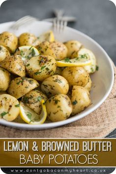 Side dish recipes 543668986265047226 - These Boiled Baby Potatoes are served with a Browned Butter Sauce and infused with Lemon. The perfect quick and easy side dish that's absolutely bursting with flavour! Side Dish Recipes, Vegetable Recipes, Vegetarian Recipes, Cooking Recipes, Healthy Recipes, Mexican Recipes, Quick Recipes, Recipes Dinner, Recipes With Lemon