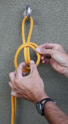 The Stone Knot (aka Stein Knot): A Canyoneering Secret Weapon - Stone Knot (Stein Knot) – A Canyoneering Secret Weapon Informations About The Stone Knot (aka Stei - Survival Knots, Survival Skills, Bowline Knot, Overhand Knot, Rope Tying, Rope Knots, Rope Crafts, Diy Crafts, Sewing Techniques