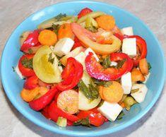 Salata de cruditati Caprese Salad, Fruit Salad, Romanian Food, Pickles, Food And Drink, Cookies, Home, Preserves, Salads