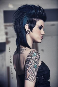 Love the girl mohawk!