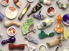 beautiful selection of hashioki Chopstick Holder, Chopstick Rest, Porcelain Ceramics, Ceramic Art, Japanese Chopsticks, Japanese Colors, Sushi Set, Japanese Ceramics, Clay Projects