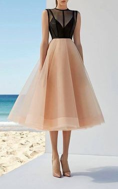 Love me a pink tulle skirt!