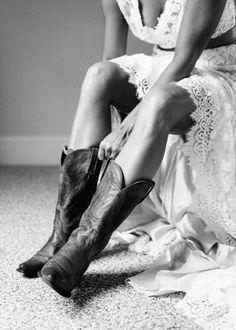 I wanna wear cowboy boots on my wedding day Cowgirl Wedding, Wedding Boots, Farm Wedding, Wedding Pictures, Wedding Engagement, Dream Wedding, Rustic Wedding, Perfect Wedding, Wedding Stuff