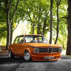 be still my heart! Bmw Classic Cars, Classic Mercedes, Stance Nation, My Dream Car, Dream Cars, Jdm, Bmw 02, Nissan, Mustang