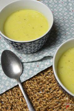Crème de chou-fleur au lait de coco et curcuma