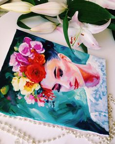 """Мне не нравилась живопись. Сколько себя помню, в годы учебы, это всегда была пытка!  И только когда я начала писать для себя, то что идёт из сердца, то что приносит радость душе, только тогда я по-настоящему влюбилась. Эта Любовь - Любовь на всю жизнь! ❤️ """"Камила  в орхидеях"""" масло холст на подрамнике 24х30 продаётся #fraangelickaart #живопись #картина #искусство #картинамаслом #маслянаяживопись #картинавинтерьер #интерьернаякартина #дизайнинтерьеров #дизайн #интерьер #искусство"""