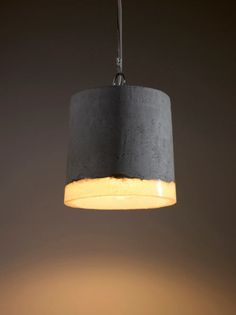inspirekadri Netherlands-based industrial designer Renate Vos created a series of experimental pendant l&s using an unusual combination of concrete and ... & How to Use Plastic Bottles to Make Concrete Pendant Lamps via Brit + ...