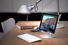 誰が見てもこれはと唸る!Apple製品とデザイン性がマッチしたiPadスタンド『Just Mobile UpStand』