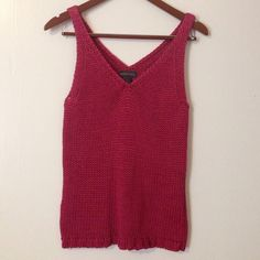 Beautiful Knit Pink Banana Republic Top, size med Beautiful condition, like new! 100% cotton, pink, sleeveless, knit. Great for your summer vacation in Capri! Banana Republic Tops Tank Tops