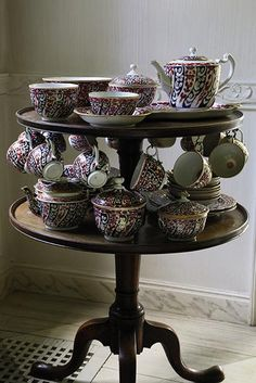 Take a look inside the private estate and see some of the items up for bid at Sotheby's three separate auctions of the Mellon collection Bunny Mellon, English House, Afternoon Tea, Tea Time, Decorative Bowls, Guns, Spring, Vignettes, Tabletop