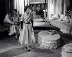 Katharine Hepburn on stage in The Millionairess (London, 1952)