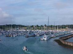 2.Den (17.7.2015, pátek): trajektem  se přemístíme z přístavu Lymington do přístavu Yarmouth na Isle of Wight (asi půl hodinová cesta, za 3,50 liber).